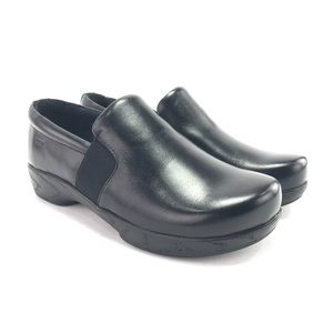 Klogs Womens Tucker Black Tintoretto Leather Clogs